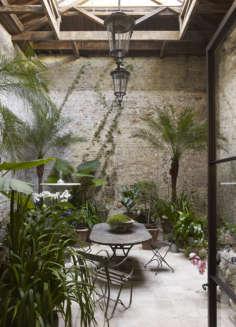Rose Uniacke Courtyard