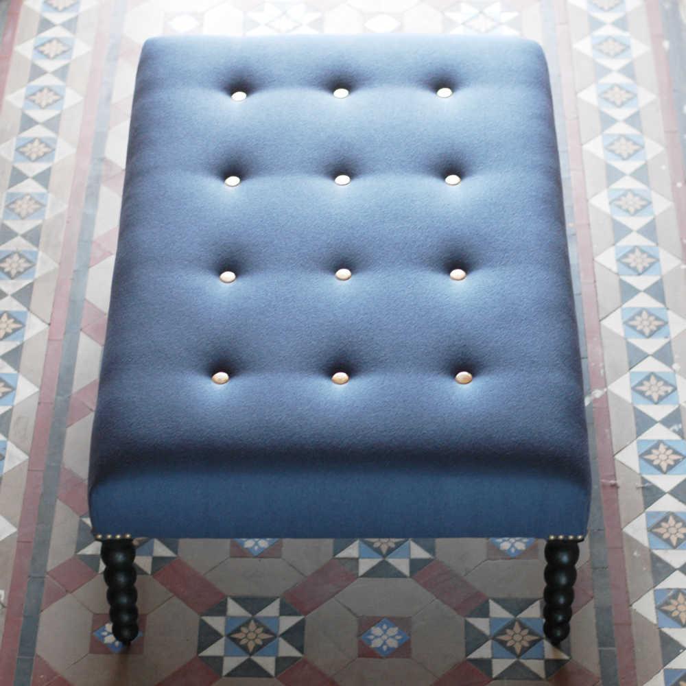 Front full stool